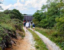 web-Bnd-Brk-Hatch-House-hike-by-Nancy-Graupner-29Sept2021-17